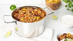 Chili réconfortant | IGA recettes | Mijoteuse, boeuf, porc Beans, Easy Meals, Cooking Recipes, Vegetables, Chilis, Soups, Chili Con Carne, Ground Meat, Cooking