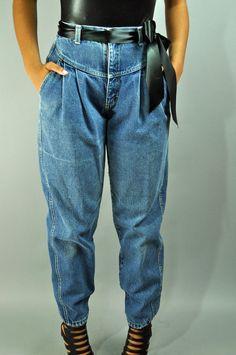 Taille jeans s s super-high-taille jeans - zena-harem-jeans-w/ distressed stein waschen & pleated drop waist m / medium s super high waist jeans zena harem jeans alter Harem Jeans, Vintage Outfits, Vintage Fashion, 80s And 90s Fashion, High Waisted Mom Jeans, High Jeans, Vintage Clothing Online, Winter Mode, Drop Waist