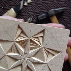 #chipcarving #woodwork #woodcarving Wood Carving Patterns, Carving Designs, Wood Crafts, Diy And Crafts, Hardwood Floor Colors, Chip Carving, Small Wood Projects, 3d Wall Panels, Woodworking Jobs