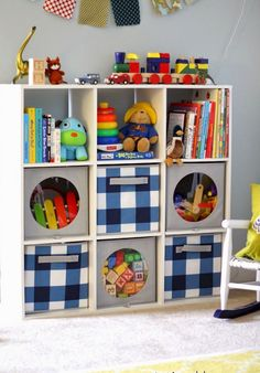 Toy storage ideas living room for small spaces. Learn how to organize toys in a small space, living room toy storage furniture, and DIY toy storage ideas. Living Room Toy Storage Furniture, Toy Room Storage, Small Space Storage, Kids Storage, Storage Design, Bedroom Storage, Home Furniture, Storage Ideas, Furniture Ideas