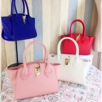 Material++:++PU+Leather,+Polyester Size+:+width+26+cm,+height+17+cm,+thickness+13+cm
