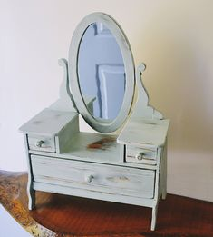 Vintage Vilas-Harsha Mfg Co Doll Dresser, Distressed Jewelry Box, Vanity Dresser Vintage Toys, Vintage Antiques, Picture Frames, Jewelry Box, Restoration, Dresser, Vanity, Rustic, Dolls