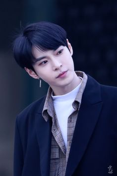 Why is literally every single NCT member so freaking handsome and perfect? K Pop, Nct Dream Members, Nct U Members, Taeyong, Jaehyun, Nct 127, Christian Boyfriend, Johnny Seo, Nct Doyoung