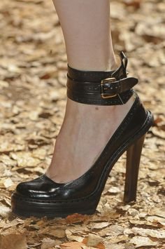 McQ by Alexander McQueen at London Fashion Week Fall 2012 - Livingly