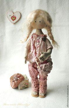 Купить Арлет. Текстильная кукла в розовых тонах. - бледно-розовый, розовый, кукла, кукла в подарок