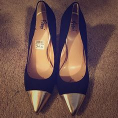 Black and gold pointed heels Black and gold heels. Only worn once to a wedding. Great condition FIONI Clothing Shoes Heels