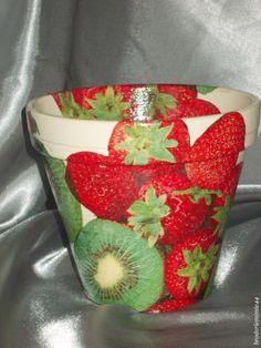 Collage serviette papier - Fraises & Kiwi- Pot Diam14.5cm - Décoration -.  Blog : http://broderiemimie44.canalblog.com/