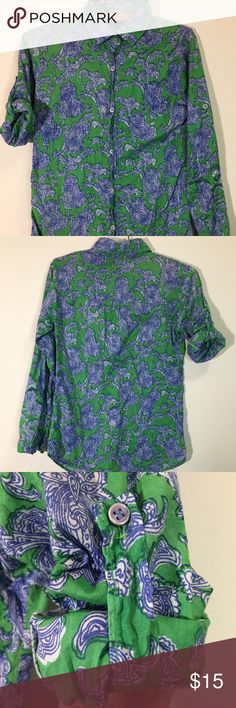 Vintage Style Printed Blouse Wonderfully printed lightweight blouse. Sleeves can be rolled up and secured with a cute strap and button. Soft cotton, size S but fits like XS. Tops Button Down Shirts
