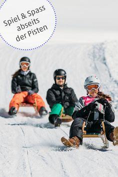 Darf's ein bisschen Abenteuer und Nervenkitzel während des Winterurlaubs sein? Im Iglu am Berg übernachten oder im Dunkeln mit dem Flying Fox über einen See rasen, eine flotte Rodelpartie oder aussichtsreiche Schneeschuhwanderung. Abwechslungsreiche Aktivitäten im Schnee abseits der Pisten. #winter #abseitsderpiste #myvorarlberg #visitvorarlberg Berg, Movie Posters, Movies, Snowshoe, Winter Vacations, Lawn, Adventure, Films, Film