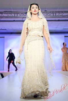 Asian Fashion Blog: Khubsoorat Collection by Mani Kohli at the Ardhanginni Indian Wedding Show 2011