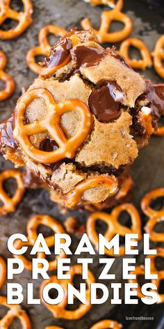 Caramel and pretzels in a blondie recipe? You bet! These easy caramel pretzel blondies are a fabulous salty sweet dessert!