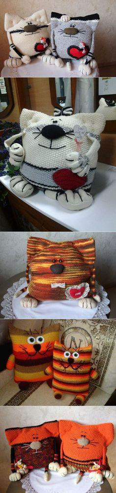 Вязаные спицами подушки-коты | Лаборатория домашнего хозяйства..Можно использовать стары свитера