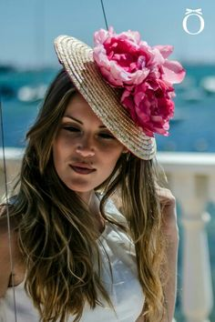 colorful and are available in Australia at affordable price. Browse the list for colorful fascinators, race Hats, trendy Wedding Attire, Chic Wedding, Special Occasion Outfits, Head Accessories, Love Hat, Hat Hairstyles, Cool Hats, Derby Hats, Hats For Women