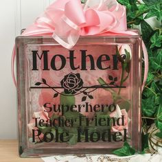 Nicole™ Crafts Mother Vinyl Glass Block Black stickers and just a picture for the back, jar filled with water and a bow for the lid. Vinyl Crafts, Vinyl Projects, Fun Crafts, Diy And Crafts, Crafts For Kids, Craft Font, Glass Block Crafts, Glass Brick, Glass Boxes