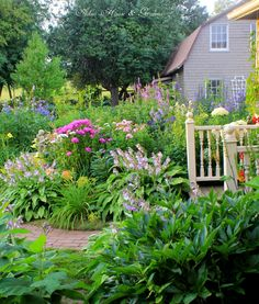 Aiken House & Gardens: A Tour Around our Mid August Garden