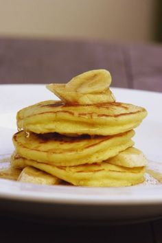 Bill Grangers Ricotta Hotcakes This is a winner every time Brunch Recipes, Breakfast Recipes, Snack Recipes, Brunch Ideas, Bill Granger, Chocolate Dipping Sauce, Great Recipes, Favorite Recipes, Incredible Edibles