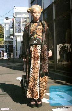 fashion killa japanese fashion fy-fruits: old, shop seller Mode Outfits, Grunge Outfits, Grunge Fashion, Fashion Outfits, Fashion Fashion, Crazy Outfits, Fashion Killa, Fashion Styles, Winter Fashion