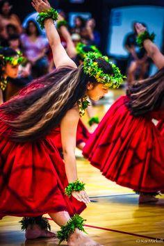 Hula kahiko (ancient). Photo by Kai Markell, Honolulu, Hawai'i.