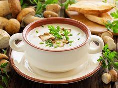 beurre, oignon, champignon de Paris, farine, bouillon, lait, citron, crème fraîche, persil, Sel, poivre