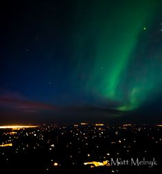 Northern Lights over Edmonton, Alberta, Canada Amazing Places, Great Places, Places To Go, Northen Lights, Canada Eh, Arctic Circle, Alberta Canada, Aurora Borealis, Night Skies