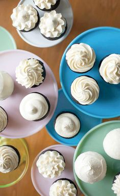 Let's Decorate Cupcakes!