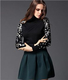 Elegant Slim Beads Decorate Long Sleeve Black Turtleneck Sweater