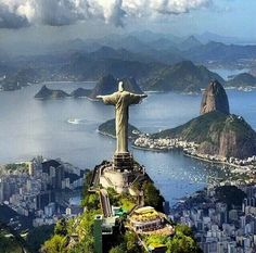 Christ ther Redeemer watching over the city