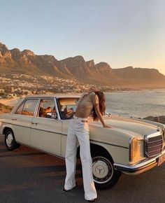 sunset, old car, white flares, outfit inspo, photo inspo, california vibes Kendall Jenner, West Coast, Boutique Clothing, Baddies, Wander, Vintage Outfits, Khaki Pants, Beach, Summer