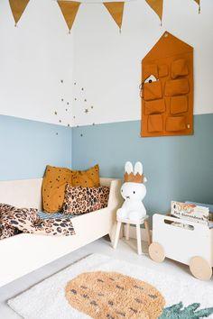 Wall organizer toddler room Energizing Lake from Flexa toddler room - Rebel Without Yellow Kids Rooms, Blue Rooms, Blue Bedroom, Blue Walls, Kids Bedroom, Baby Room Boy, Girl Room, Toddler Room Organization, Wand Organizer