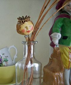 Poppyhead by LolliePatchouli: dried Poppy seed head, paperclay Garden Crafts For Kids, Diy And Crafts, Arts And Crafts, Paper Crafts, Poppy Craft, Art Projects, Projects To Try, Paperclay, Tiny Dolls