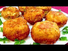 Jeśli masz ziemniaki, zrób ten pyszny przepis! Kilka minut i obiad gotowy! - YouTube Potato Dishes, Potato Recipes, Vegetable Recipes, Chicken Recipes, Sweet Potato Rice, Veggie Fritters, Pan Relleno, Copykat Recipes, Le Diner
