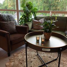 Sofakroken vår Table, Furniture, Home Decor, Decoration Home, Room Decor, Tables, Home Furnishings, Home Interior Design, Desk