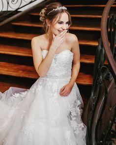 Le Moos Wedding Dresses, Fashion, Dress Wedding, Bridle Dress, Bride Dresses, Moda, Bridal Gowns, Fashion Styles, Weeding Dresses