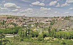 Sepúlveda, provincia de Segovia - Vista panorámica desde la carretera de Segovia
