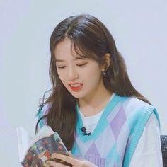 Yu Jin, Kpop Girls, Ulzzang, Tie Dye, Beautiful, Beauty, Chara, Twitter, Women