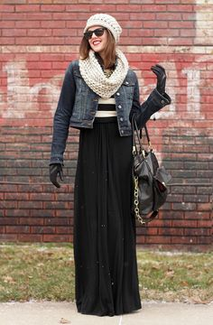 Stylish And Comfy Winter Maxi Skirt Outfits Ideas 43 Maxi Skirt Winter, Winter Skirt Outfit, Winter Dresses, Dress Winter, Summer Dresses, Mode Outfits, Fall Outfits, Fashion Outfits, Womens Fashion