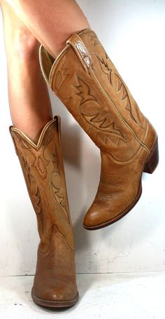 Vintage cowboy cowgirl brown low heel knee high tall western womens Leather…
