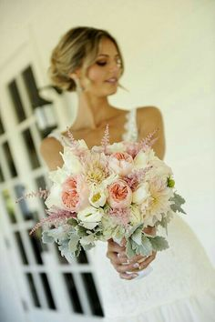 #beautiful #floral #bouquet #pink #ivory #succulent