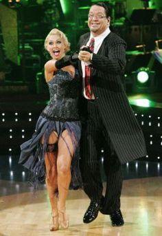 Kym Johnson & Penn Jillette dancing the Quickstep.