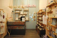 Bootik - amenajare spațiu comercial - Roomzia - Design Interior Online Interiors Online, Shelves, Interior Design, Home Decor, Nest Design, Shelving, Decoration Home, Home Interior Design, Room Decor