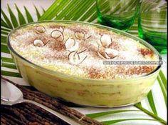 Receita de Pavê cremoso - 2 latas de leite condensado, 1 colher (sopa) de amido de milho, 1 lata de leite (use a lata de leite condensado vazia para medir),...