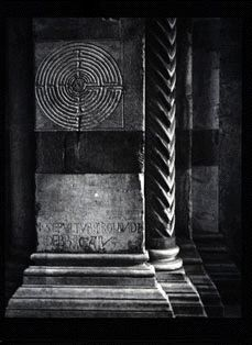 Lucca Cathedral Finger Labyrinth