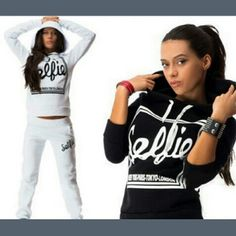 New sweat outfit Small grey hoodie and sweat pants Tops Sweatshirts & Hoodies
