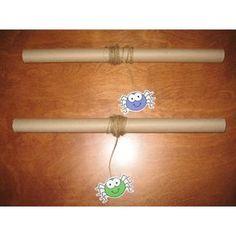 Use toilet paper rolls Kindergarten Halloween Party, Theme Halloween, Halloween Activities For Kids, Halloween 2019, Animal Activities, Toddler Activities, Diy For Kids, Crafts For Kids, Bricolage Halloween