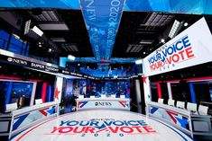 Just finished up a whirlwind screen design week for ABC News' Super Tuesday coverage : K Brandon Bell : digital media design & development Tv Set Design, Screen Design, Media Design, Brandon Bell, Tuesday Specials, Main News, Super Tuesday, News Studio, Live Events