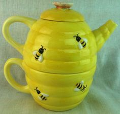 Tea for One bee hive honey pot sugar & creamer set NEW IN BOX yellow cup flower