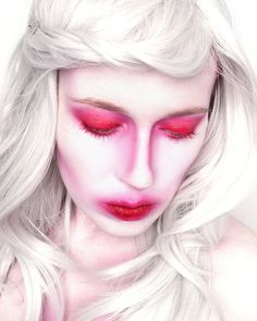 Halloween Makeup White Red White Makeup, Makeup Inspiration, Red And White, Stage, Halloween Face Makeup, Make Up, Artist, Beauty, Dressing Rooms