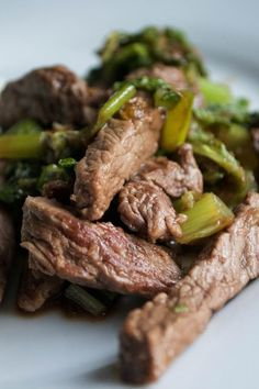 Honey Ginger Stir Fried Beef with Cabbage: 1 tsp oil, 1 lb meat of choice, savoy cabbage, 1 clove garlic, 1 thumb size piece of ginger, 4 green onions, pinch of salt.
