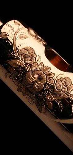 Engraved 9k gold Muramatsu flute head joint. WANT<3
