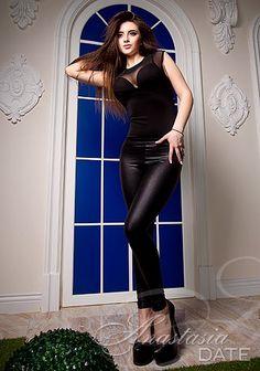 Russian exotic single: Kseniya from Odessa, 19 yo, hair color Brown